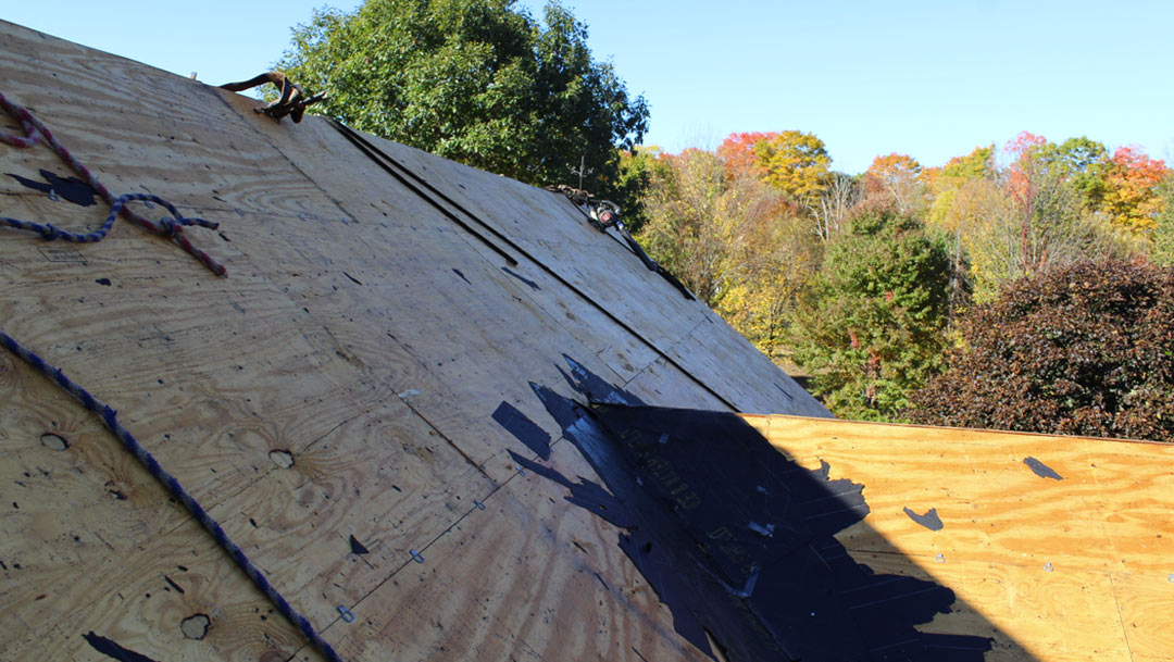 What goes into a roof installation?